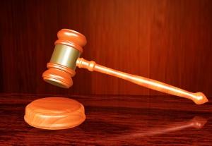 Oskarżyciel czy adwokat?